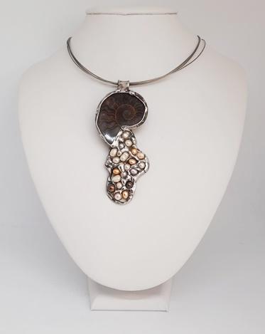 amonit i perły